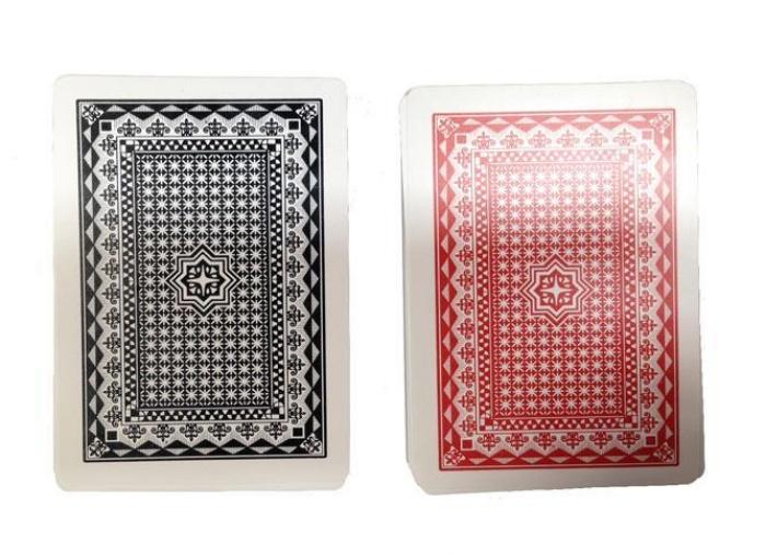 Bộ bài này cùng với máy đánh bài là một trong các dụng cụ cờ bạc bịp được đánh giá là có công nghệ cao nhất